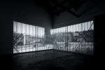 Sonia Adresano BARCODE, 2020, doppia installazione video, AlbumArte, crediti Luis do Rosario, courtesy AlbumArte